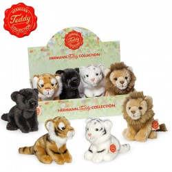 Cuddly toy of Bengal Tiger, white tiger, lion and black panther