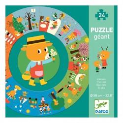 Puzzle gigante. El año